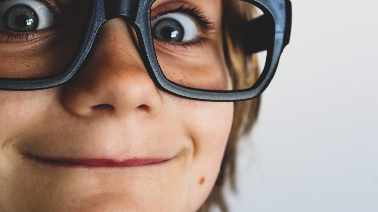 Metodă neconvențională de restaurare a vederii. Exercitarea 1. BLINDS